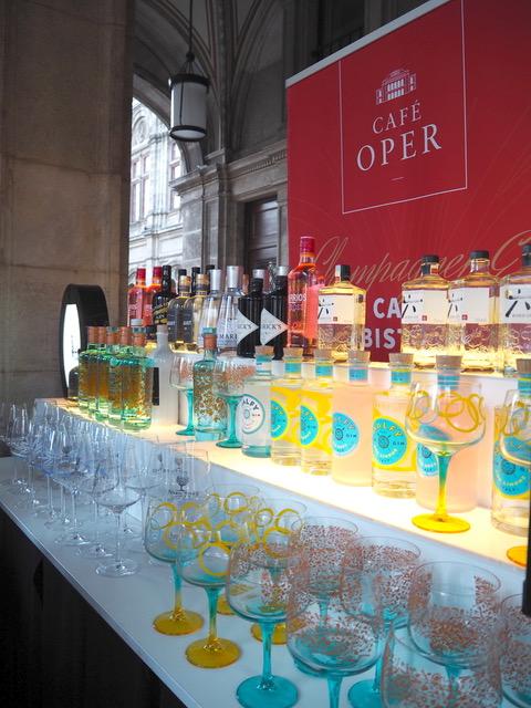 Gin trifft Champagner – DAS Sommerevent vor der Wiener Staatsoper
